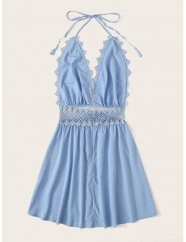 Contrast Lace Trim Knot Halter Dress